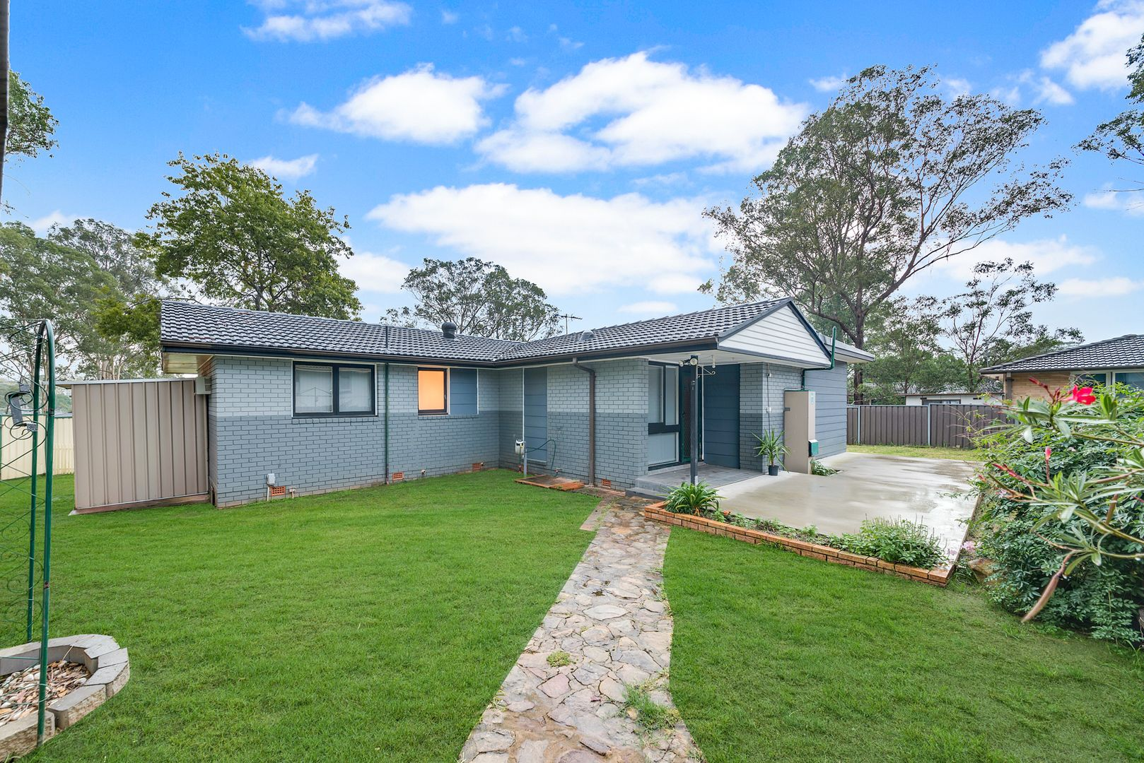 Macquarie Fields NSW 2564, Image 0