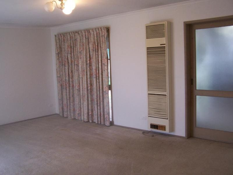 431 Centre Road, Berwick VIC 3806, Image 2