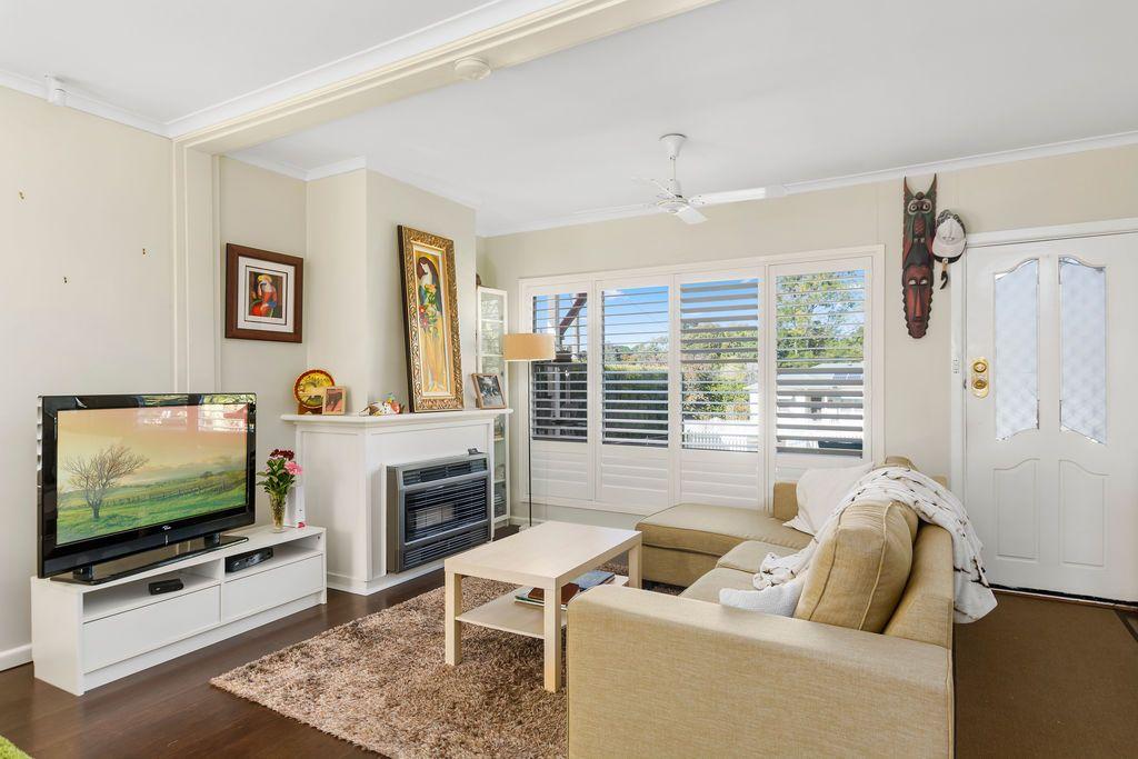 16 Elsworth Avenue, Mittagong NSW 2575, Image 0