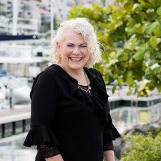 Lynne Erricker, Sales representative