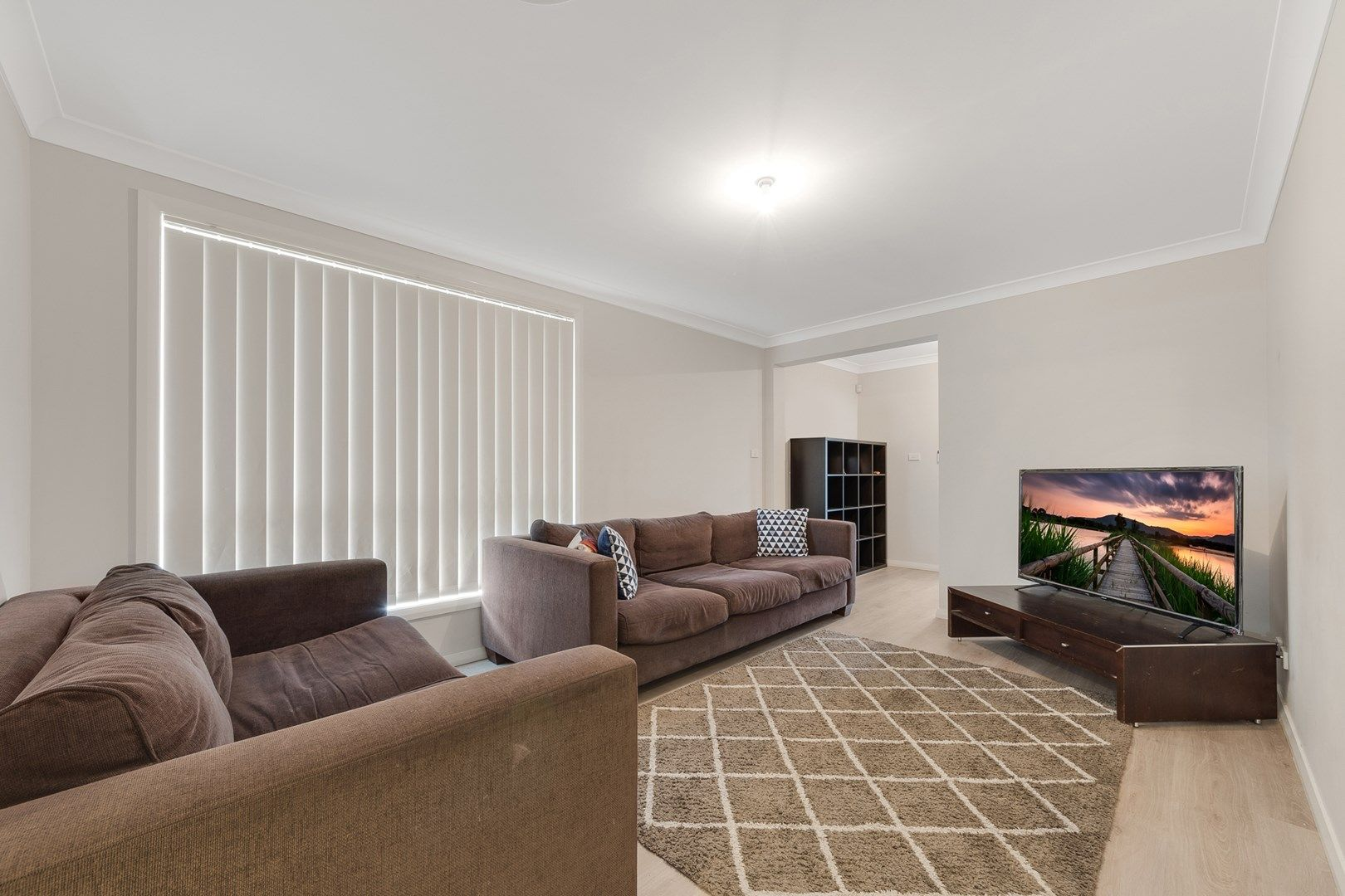 20 Busch Place, St Helens Park NSW 2560, Image 1