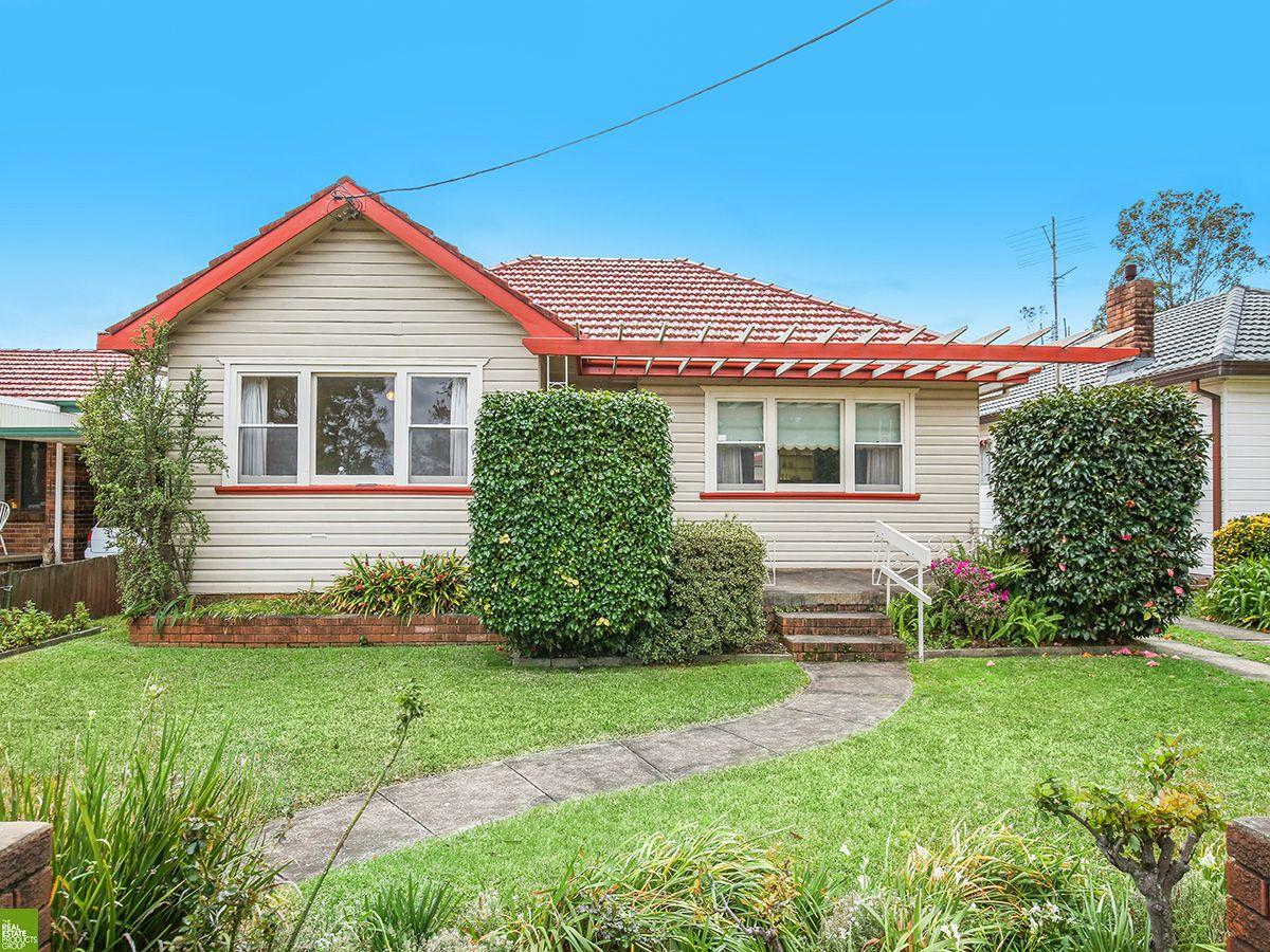 4 Jardine Street, Fairy Meadow NSW 2519, Image 0