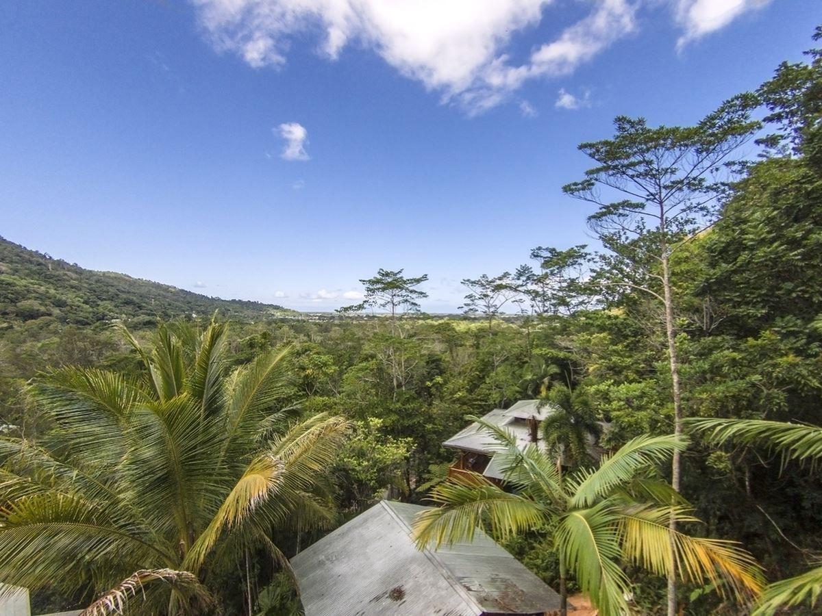 14 Jagera Close, Kamerunga QLD 4870, Image 0