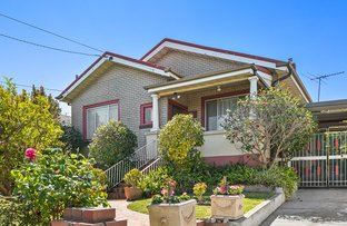 Picture of 8 Hawker Avenue, Preston VIC 3072