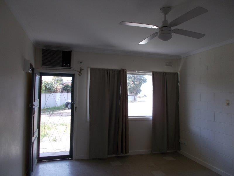 Unit 5/11 Douglas Street, Port Augusta SA 5700, Image 2