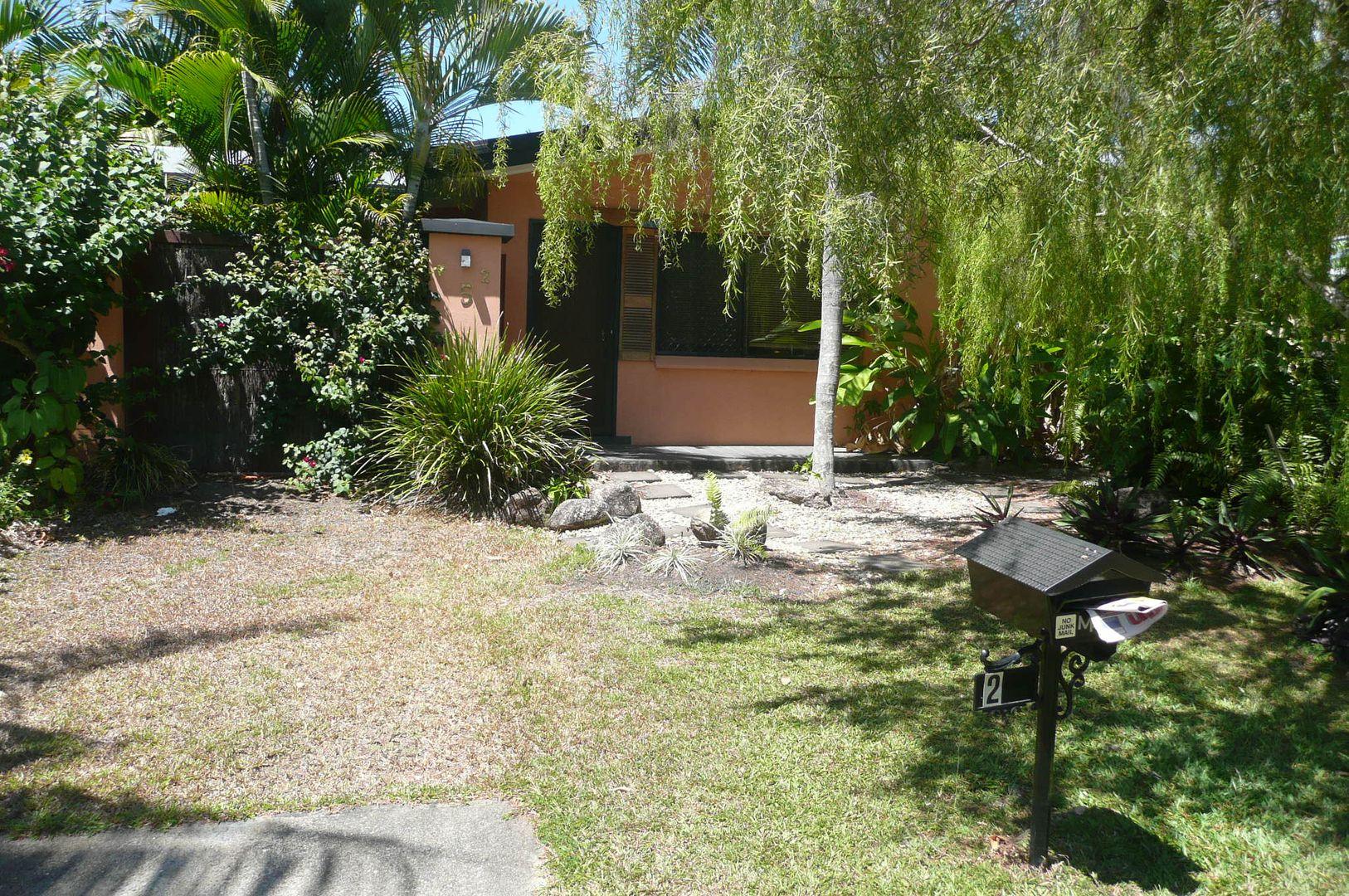 2/5 Bulolo Close, Trinity Beach QLD 4879, Image 1