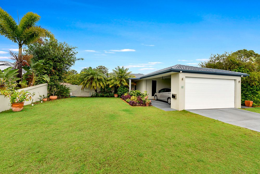 21 Lakefield Crescent, Paradise Point QLD 4216, Image 0