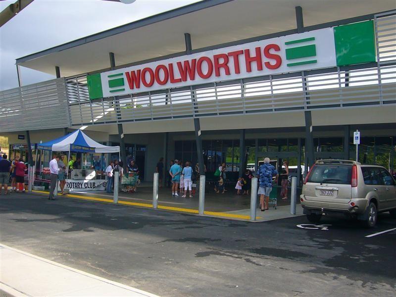 14 Shore Street, Wongaling Beach QLD 4852, Image 2