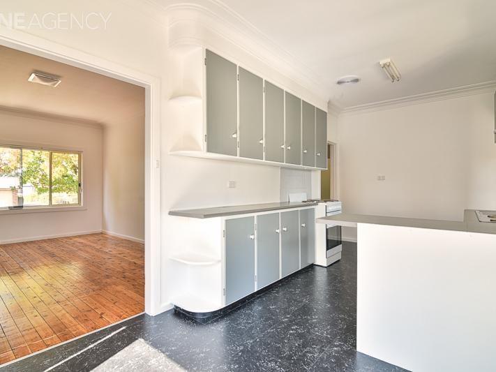 103 Anson Street, Orange NSW 2800, Image 2
