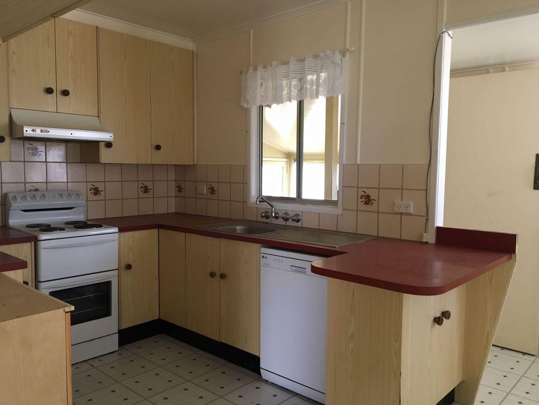 3 Mundell Street, Wandoan QLD 4419, Image 2