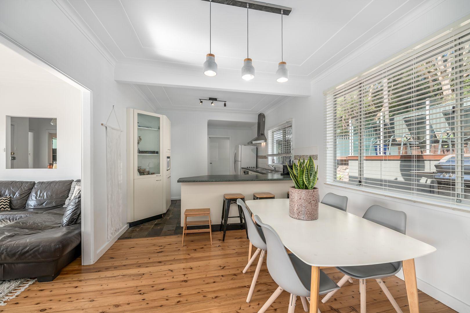 25 Colarado Street, Adamstown Heights NSW 2289, Image 2