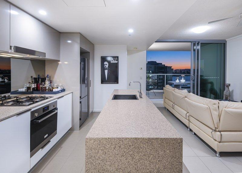 30512/2 Harbour Road, Hamilton QLD 4007, Image 0