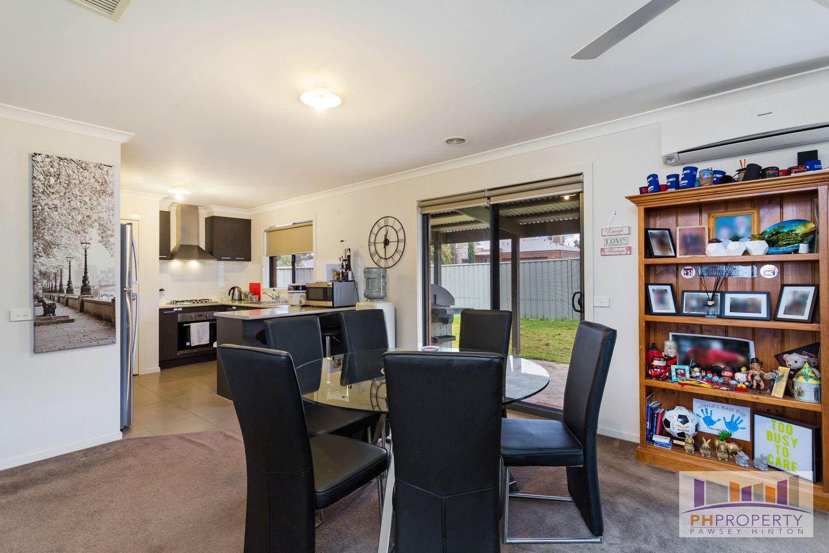 27 Freeman Drive, Kangaroo Flat VIC 3555, Image 2