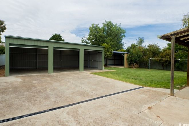 Picture of 52 Cooper Street, ALEXANDRA VIC 3714
