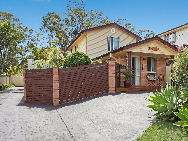 25 Lakeview Street, Toukley NSW 2263, Image 0