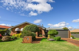 Picture of 10 Lotus Crescent, Centenary Heights QLD 4350