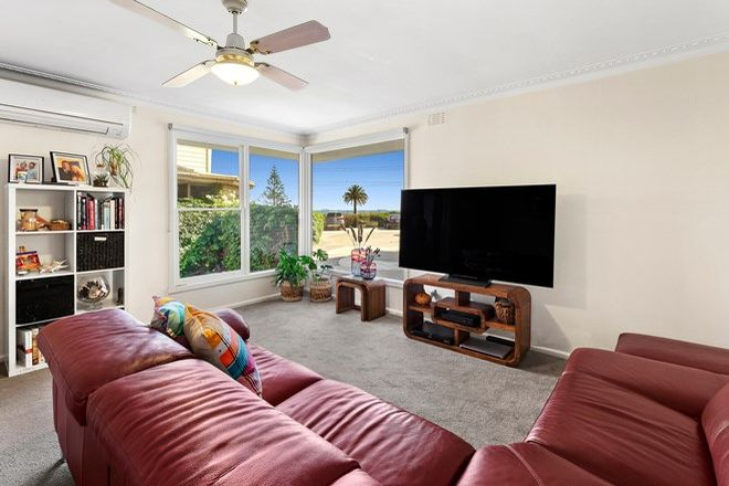 Picture of 3/4 Seaview  Avenue, BRIGHTON VIC 3186