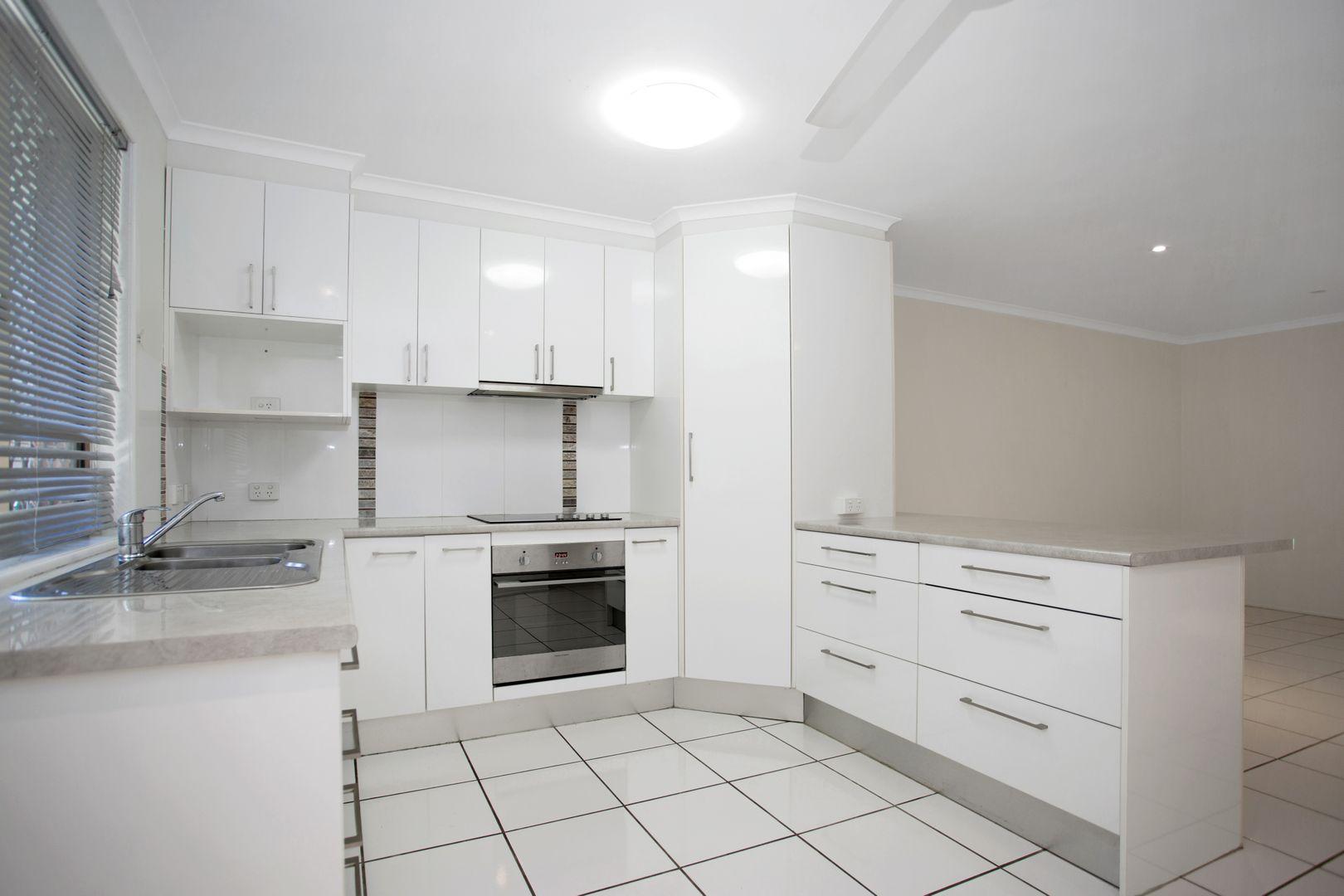3/43 Holland Street, West Mackay QLD 4740, Image 0