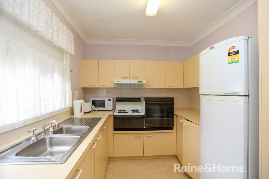 9/29a View Street, Kelso NSW 2795, Image 2