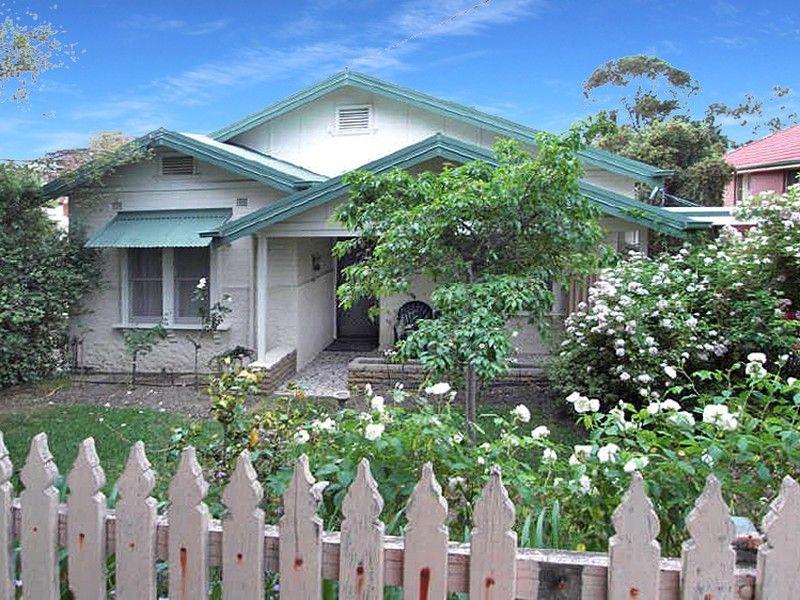 692 Jones Street, Albury NSW 2640, Image 0