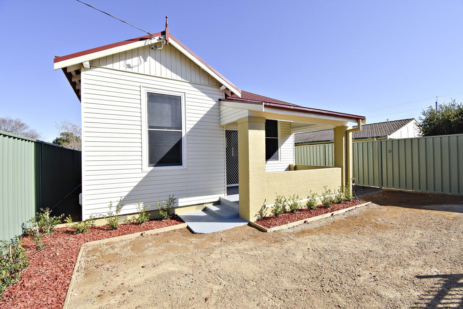 11 Samuels Street, Dubbo NSW 2830, Image 2