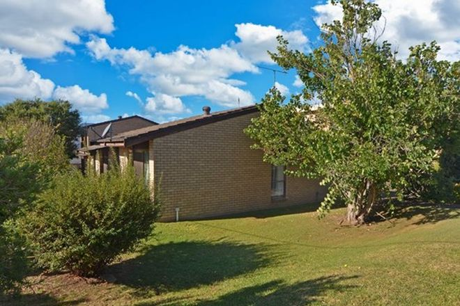 Picture of 4 Burr Avenue, NOWRA NSW 2541