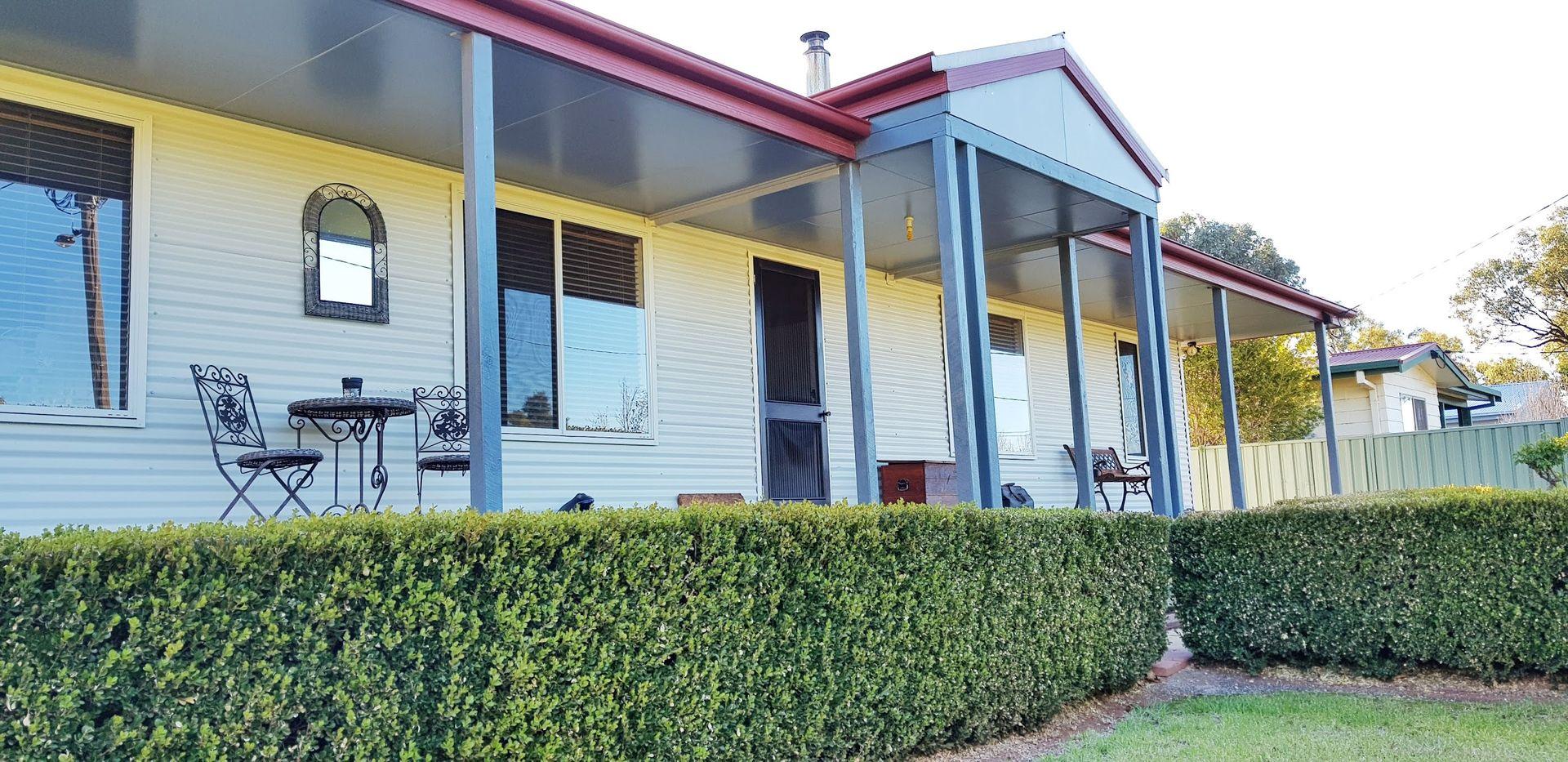 7 Moore Street, Hillston NSW 2675, Image 0