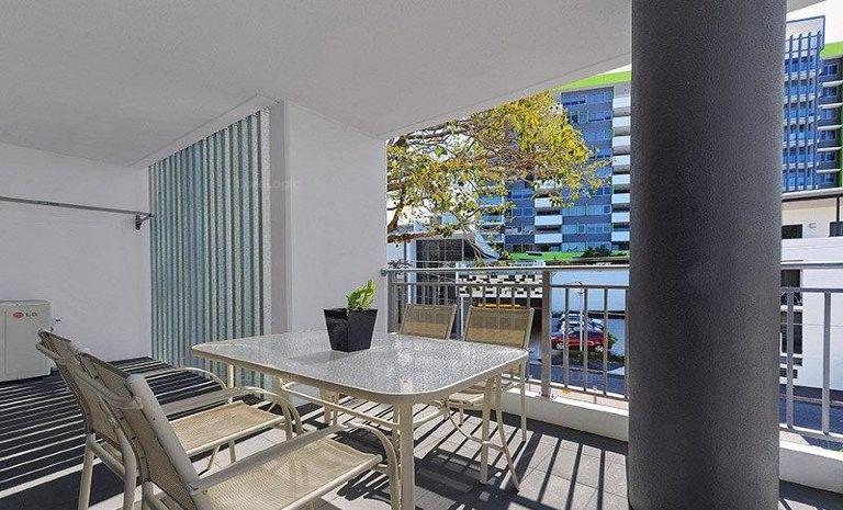 307/8 Hurworth Street, Bowen Hills QLD 4006, Image 2