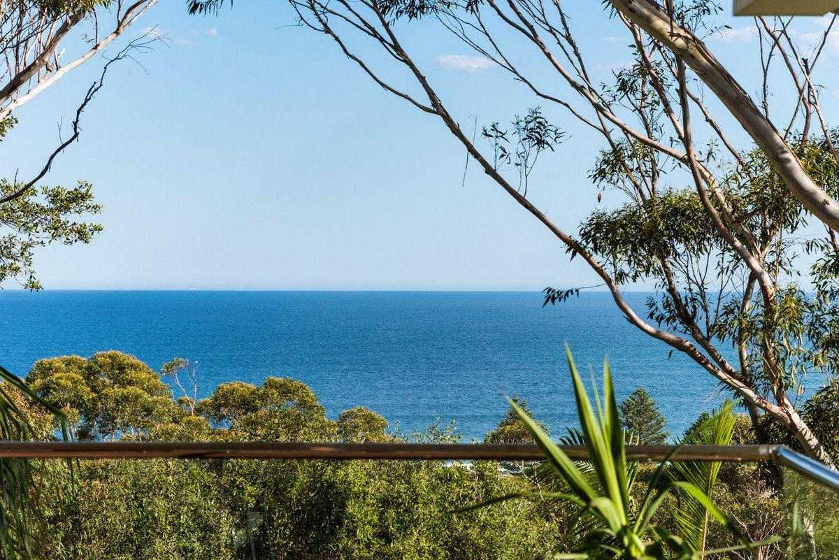 27 Surf Rider Avenue, North Avoca NSW 2260, Image 2