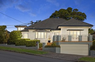 Picture of 11 Hilltop Crescent, Fairlight NSW 2094