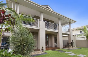 Picture of 22 Harbourvue Court, Helensvale QLD 4212