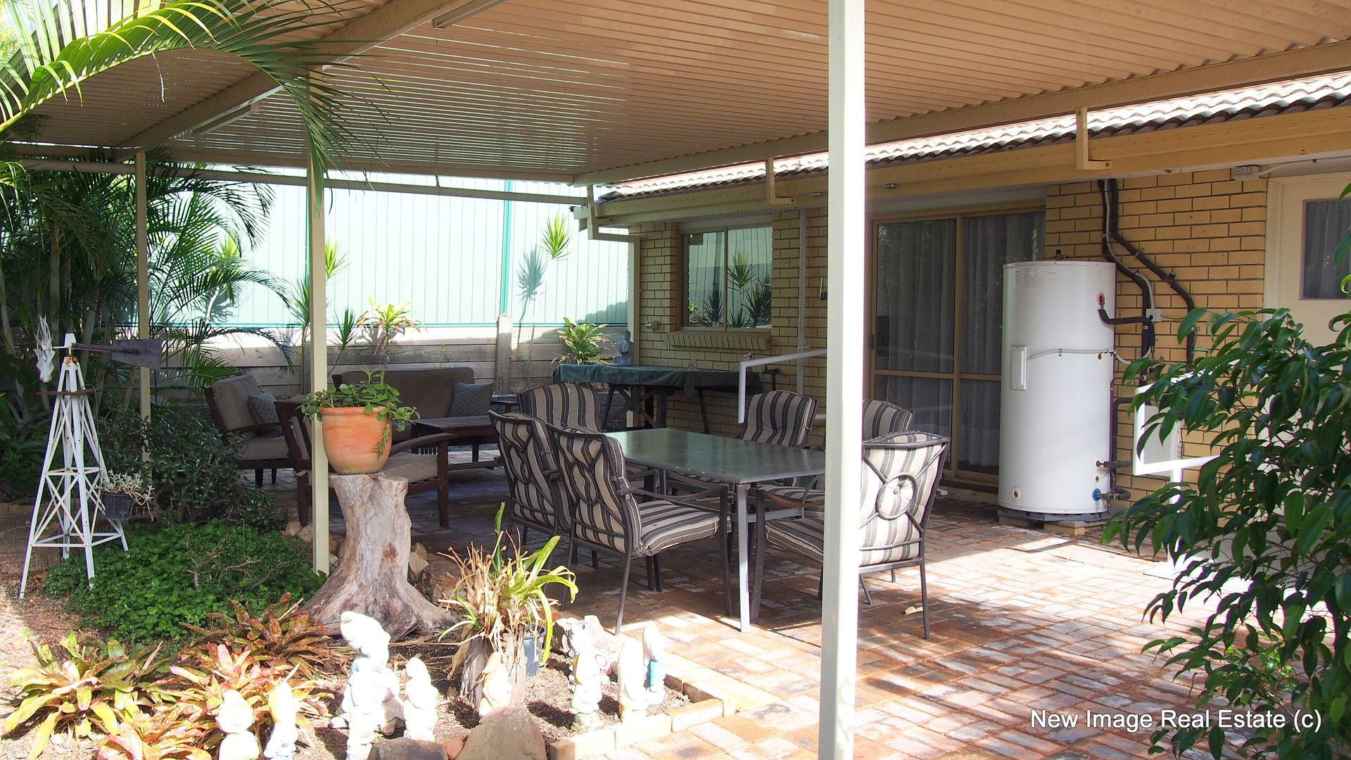 23 Ammons Street, Browns Plains QLD 4118, Image 2