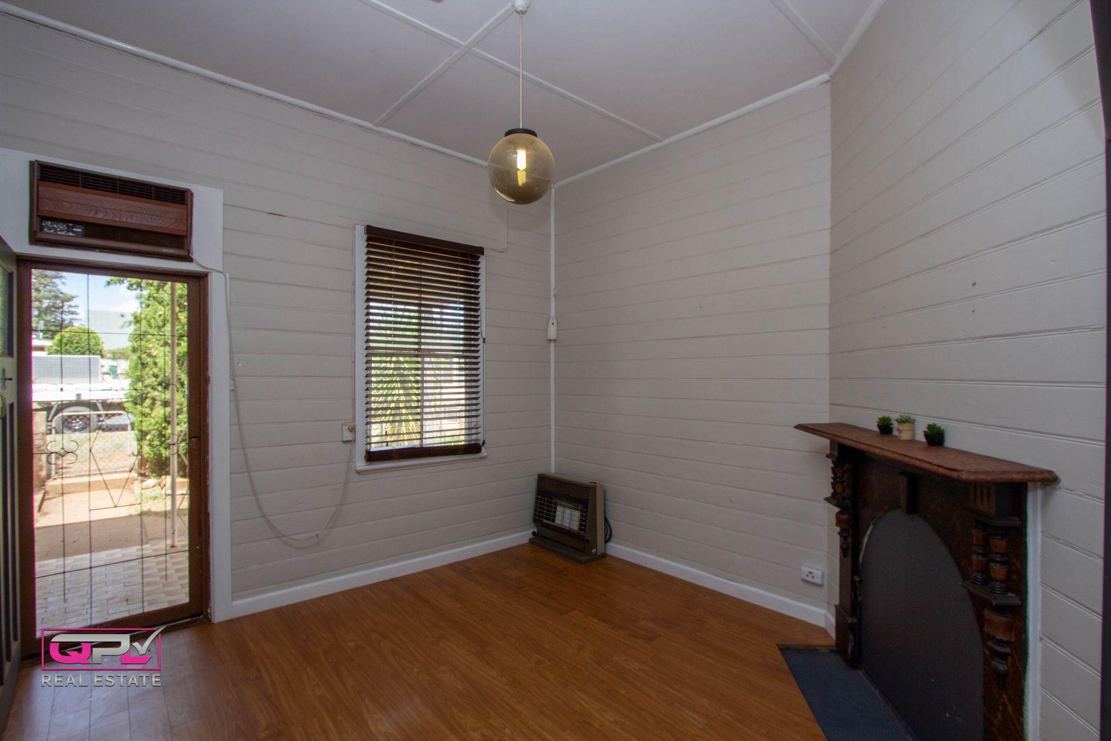 72 Jellicoe Street, Temora NSW 2666, Image 1