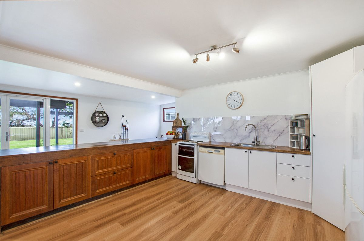 807 Tower Hill Road, Southern Cross VIC 3283, Image 2