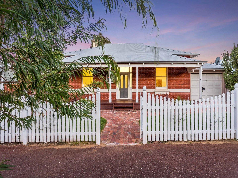 28 SILAS STREET, East Fremantle WA 6158, Image 1