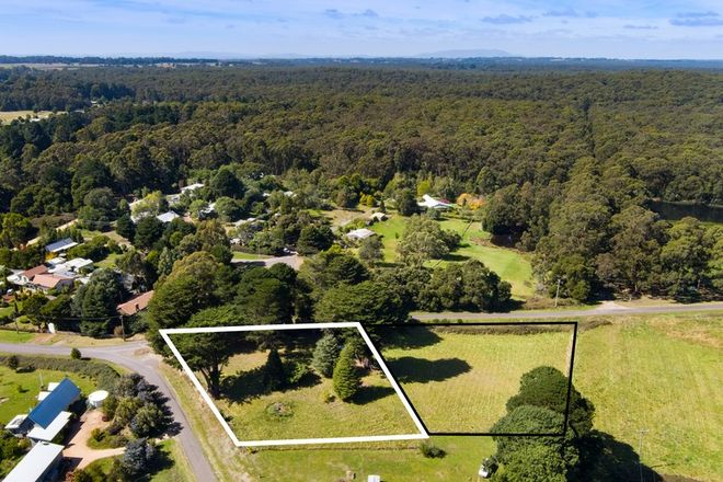 Picture of 2 Frith Mill Road, LYONVILLE VIC 3461