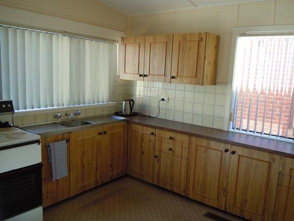 24 Argyle Street, Narrandera NSW 2700, Image 2