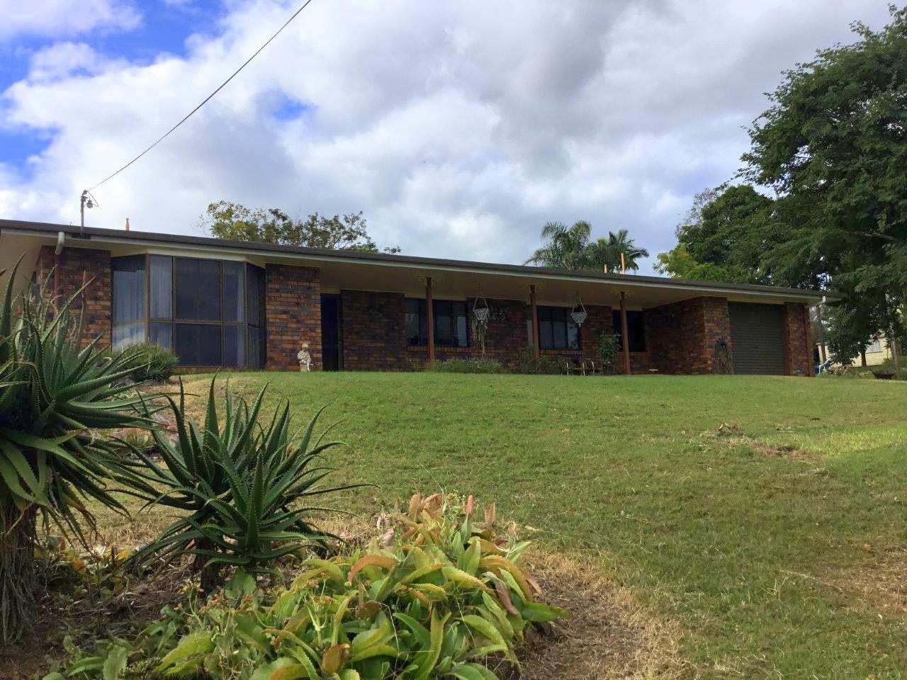 4 Browns Lane, Tiaro QLD 4650, Image 0