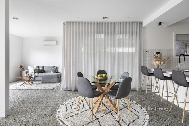 Picture of 1/46 Kent Road, PASCOE VALE VIC 3044