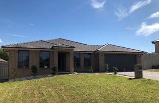Picture of 7 Rutherford Place, Orange NSW 2800
