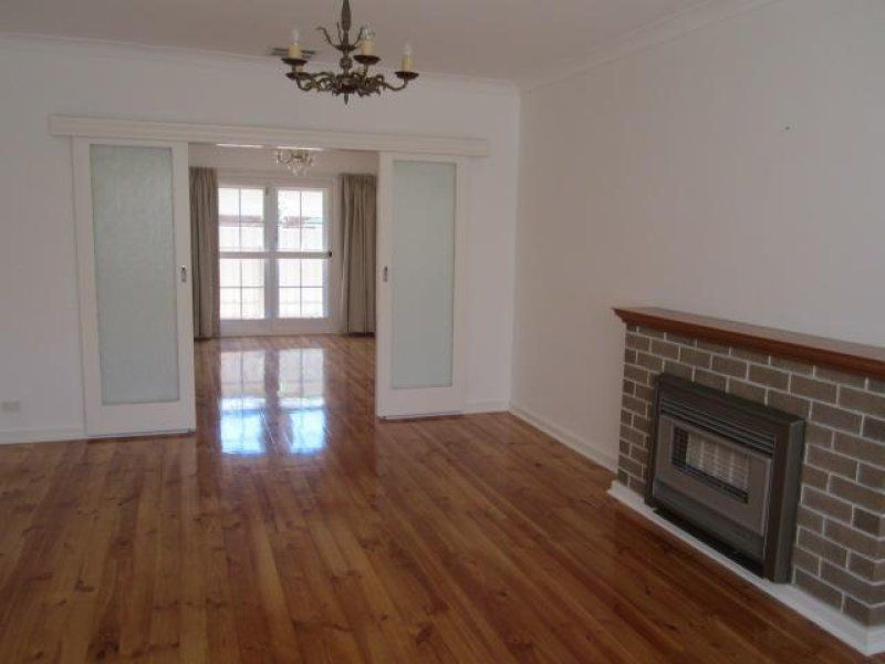 2/11 Balham Avenue, Kingswood SA 5062, Image 2
