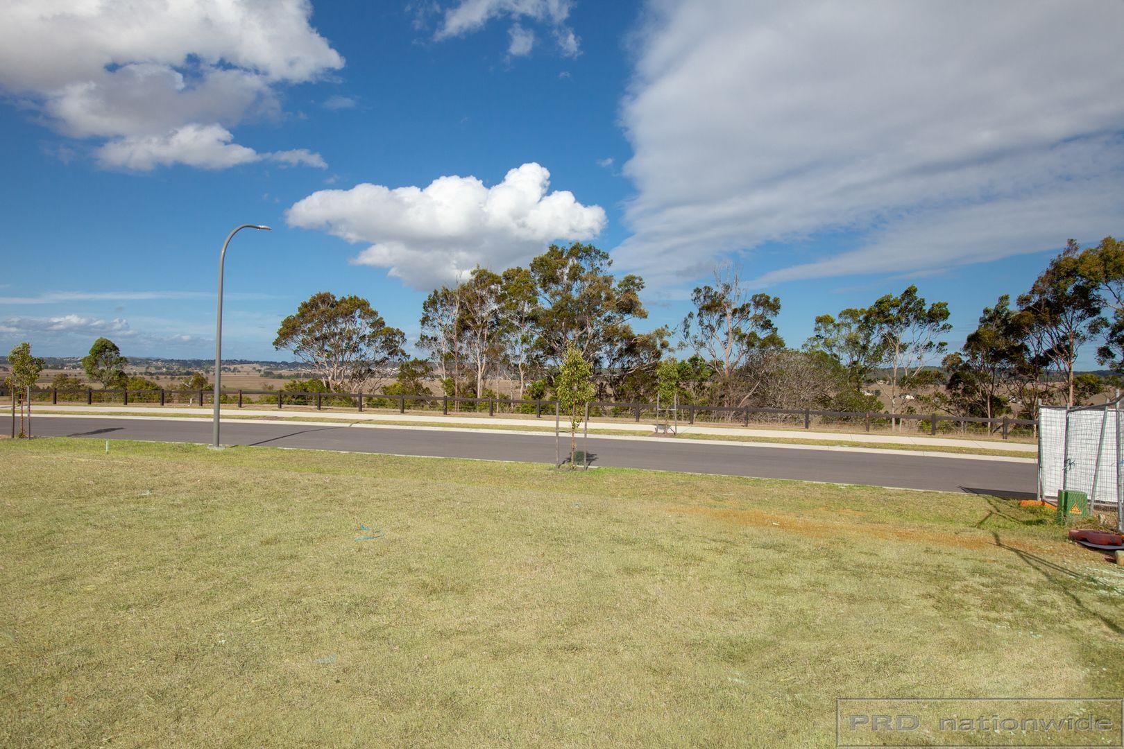 90 Redwood Drive, Gillieston Heights NSW 2321, Image 2
