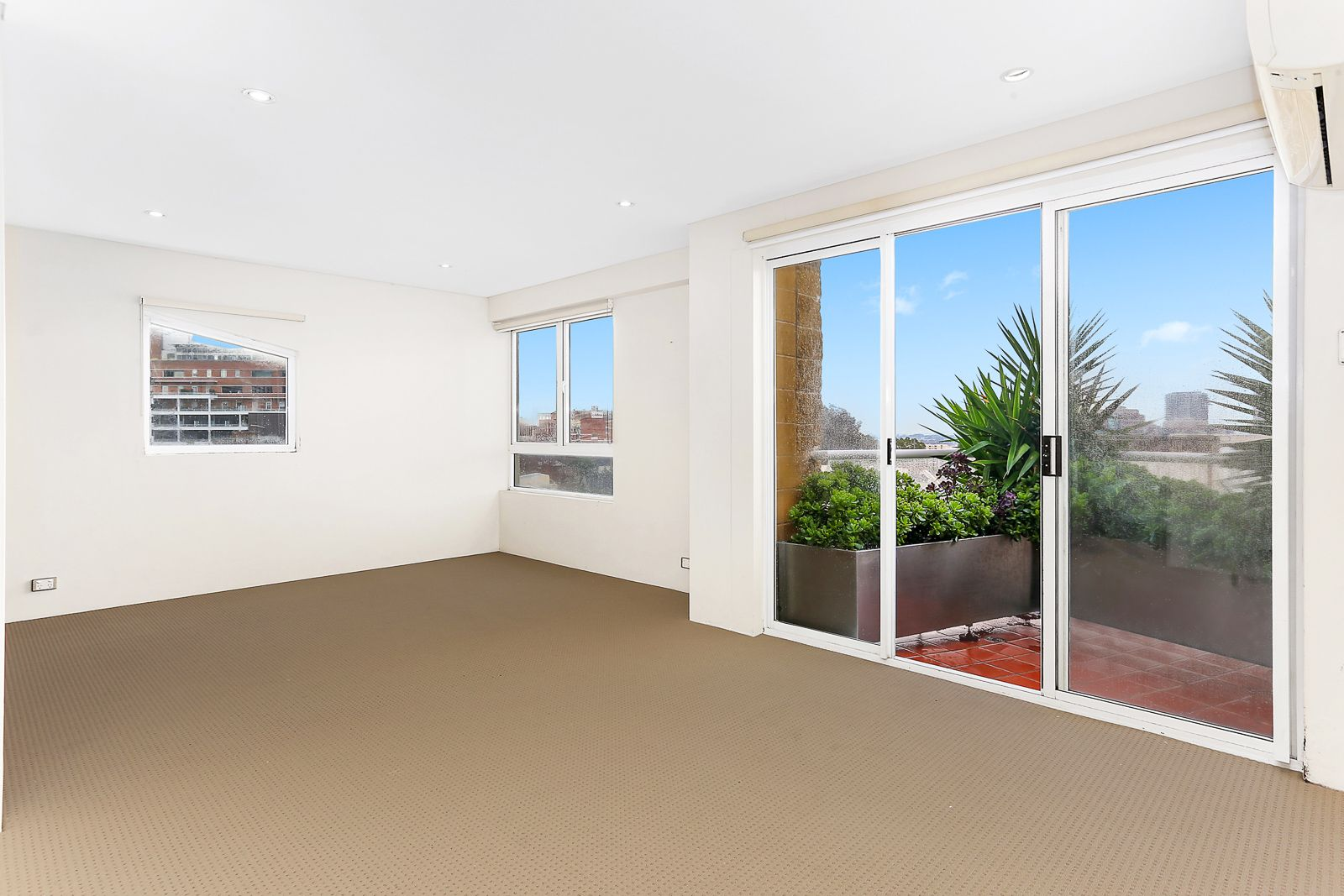 64/185 Campbell Street, Surry Hills NSW 2010, Image 1