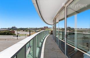 301/241 Harbour Esplanade, Docklands VIC 3008