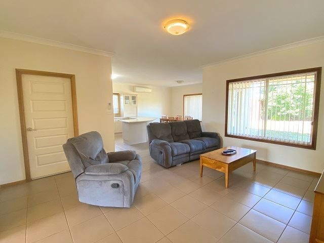 9 Belah Crescent, Cobar NSW 2835, Image 2