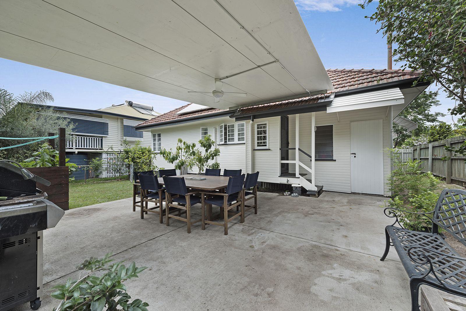 38 Sport Street, Kedron QLD 4031, Image 2