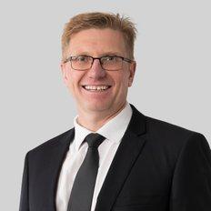 Duncan Skene, Sales representative
