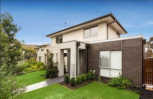 Picture of 1/1240 Old Burke Road, Kew East VIC 3102