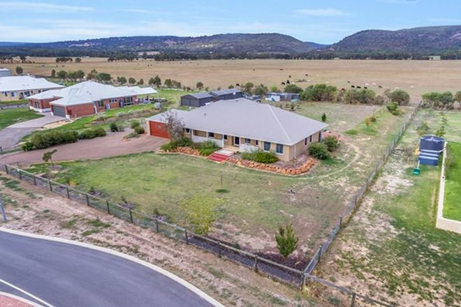 Picture of 94 Rangeview Loop, SERPENTINE WA 6125