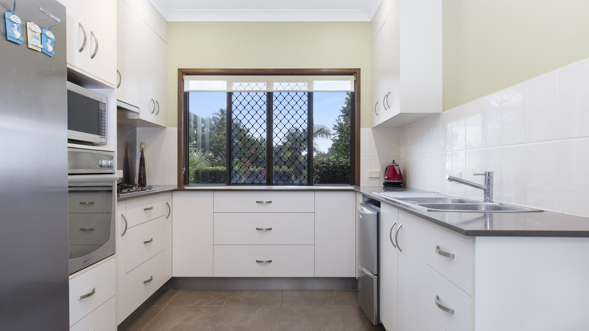181 Matthew Flinders Drive, Cooee Bay QLD 4703, Image 2